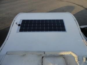 Installation panneau solaire souple sur capucine